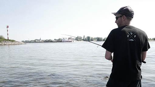 Zanderangeln am Fluss